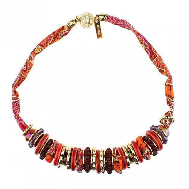 Multi-Stand Beads Choker with Paisley