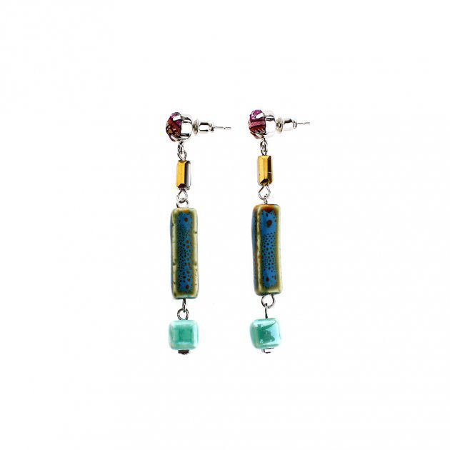 Earring with Geometric Elements