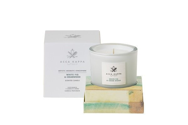 White Fig & Cederwood-Scented Candle