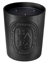 Black candle Baies